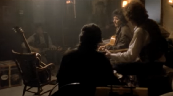 Screenshot-2017-10-3 Traveling Wilburys - End Of The Line - YouTube.png